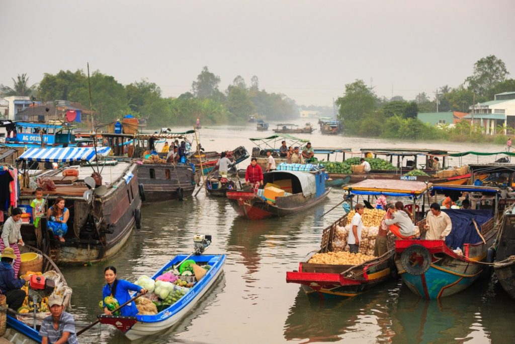 Floating Market - Vietnam circuit