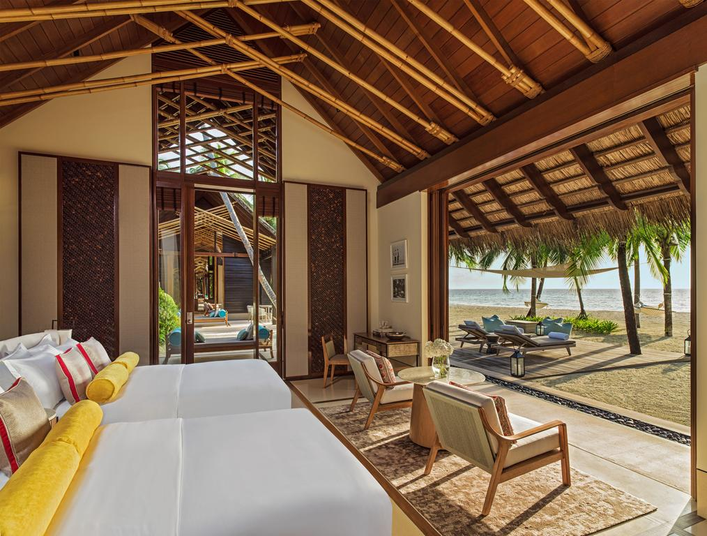 One & Only Reethi Rah Resort Maldive - inside view